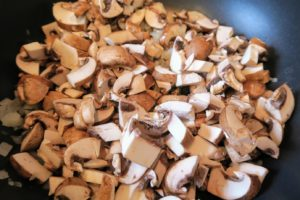 Coarsely chopped mushrooms