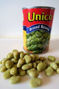 A can of Unico broad beans